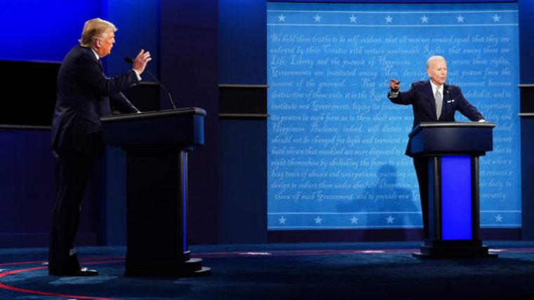 US President Donald J. Trump (L) and Democratic presidential candidate Joe Biden (R) participate in the first 2020 presidential election debate at Samson Pavilion in Cleveland, Ohio, USA, 29 September 2020. The first presidential debate is co-hosted by Case Western Reserve University and the Cleveland Clinic. (Jim Lo Scalzo/EPA/CP)